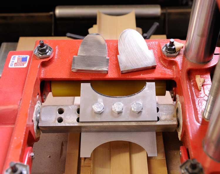 Shaper and molder knives for handrail